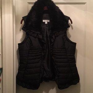 Polyfill Faux Fur Collar Vest w/Ruffle Detail
